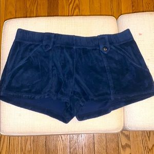 Juicy terry cloth shorts with pockets